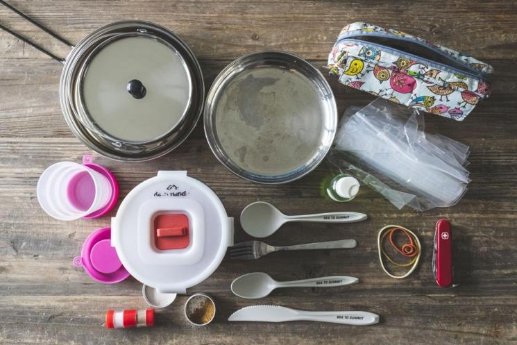 Vaisselle pour un séjour en camping